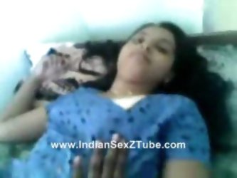 Madras University Girl Smita lover room