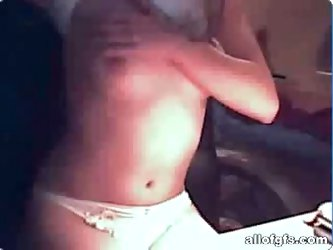 Hot webcam solo with sexy naked brunette teen