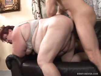 Fat mature lady fucked doggy style