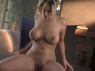 Ashlynn Brooke doing herself