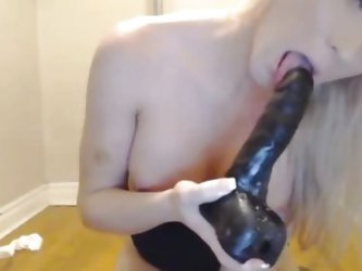 Gorgeous Blonde Tranny Anal Masturbation