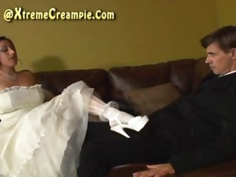 Creampie Eating Cuckold Threesome