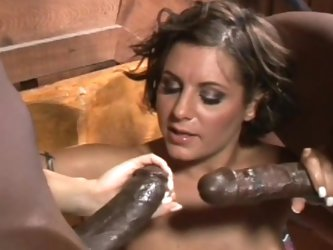 Sexy brunette swallows some tasty sperm
