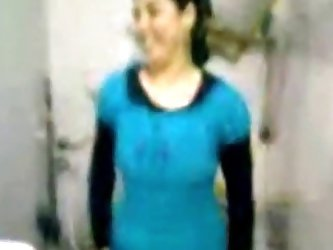 Arab GF fingered