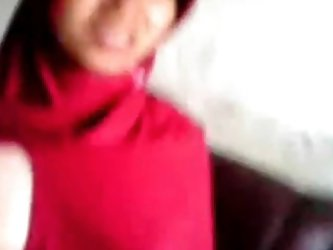 Horny arab chick gets her tits and pussy on camera