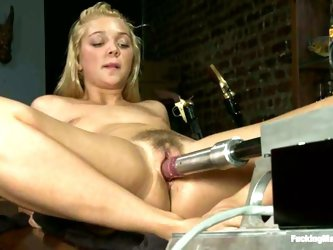 Jesse Andrews gets her fleshy vag drilled by a fucking machine in a bar