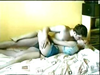 amateur couple having sex at home!!