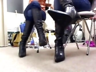 Asian Ballbusting In Boots