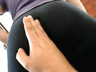 Alicia ass spandex