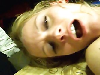GF getting orgasm. Way hot.