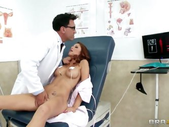 Doctor Marco Banderas inspects Monique Alexander's cunt and then he understands that he can't stand resisting his manlike nature. He pushes