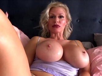 Mommy with big milkings got cancer for shooting porn closeup...