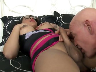 Dark haired and hot busty brunette shemale Nody Nadia enjoys in getting her hard tool licked and sucked on the bed in a hot amateur sex session with a