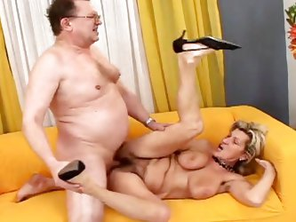 Your favorite granny slut is back, in this exclusive fuck scene Wanda gets her old saggy meat curtains pounded by overweight fat man on the sofa. Then