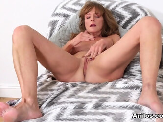 Cyndi Sinclair in Red Lingerie - Anilos