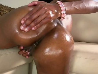 Her wet pussy is so tight and looks so delicious while she rubs it with her hand and pokes her fingers deep into her vag.Watch this black chick to cum