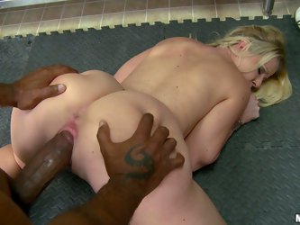 Look at that black giant meat pole tearing apart dripping wet pink pussy of sexy bbw woman Anita Blue. She stays on all fours while BBC gives her a de