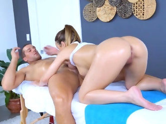 Dillion Harper wants to learn how to massage something, and every time she goes for it, she ends up stroking a dick. They start with an excellent 69 a