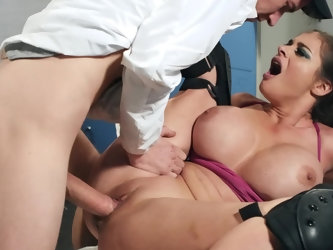 Another lesson of Physical Education turns into crazy sex of big-breasted student girl and coach. Volleyball player Cathy Heaven wants to play with hi