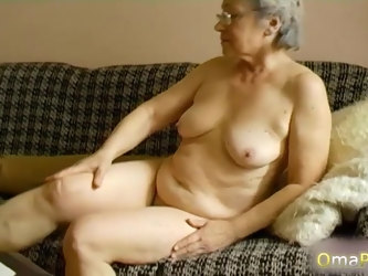 Grannies compilation with naked bodies and sex toys masturbation