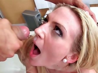 Amanda Tate getting smacked in her pussy and receiving cumshot