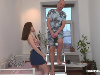Sweet Hole wants to reach an perfect orgasm with horny stranger