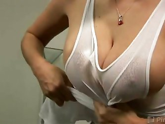 Gianna's homegrown knockers measure a whopping 36 DD! This