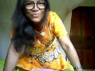 Thai girlfriend strip and cucumber suck