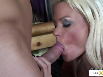Gorgeous mom loves to have her tight pussy licked and fucked