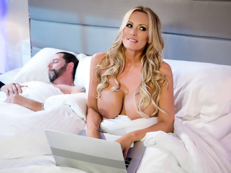 Stormy Daniels & Keiran Lee in Stormys Secret - BrazzersNetwork