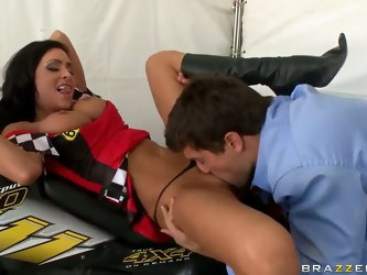 Ramon Nomar interviews hot Jessica Jaymes after her fantastic 4-wheeler performance. This babe is horny after the competition and needs to calm her pu
