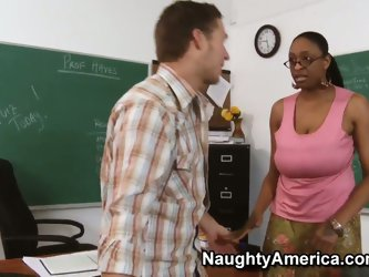 Big ass black teacher Carmen Hayes on her knees