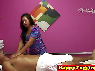 Asian masseuse tugs and cockrides client