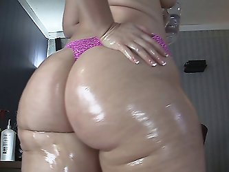 big butt white chick comp