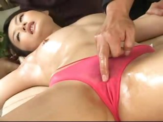 Asian Hot OiL Massage