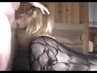 Cocksucking horny mom