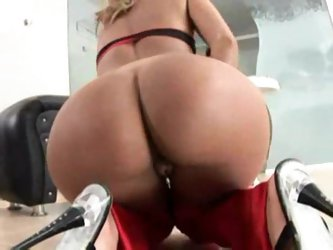 Best Brazilian ass ever in a fuck scene