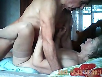 This video is not arousing but it is fun to watch old people humping. Grandpa was eating and pounding his granny wife and they were so passionate with