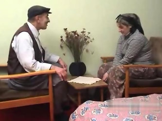 Elderly Turkish man fucks his wife with turban