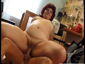 Chubby mature Corrie loves to be fucked on the kitchen floor
